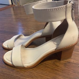 Frye Brielle White Leather Sandals size 9